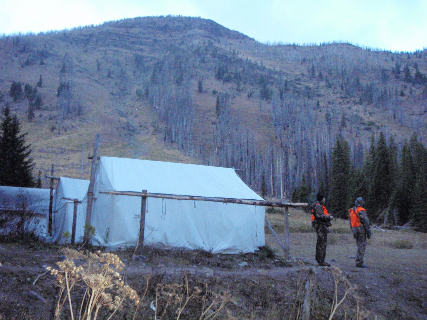 Rich-Ranch-outfitter-camp-in-The-bob.jpg