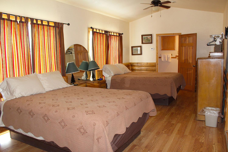 Ovando_Inn_0004_Room.jpg