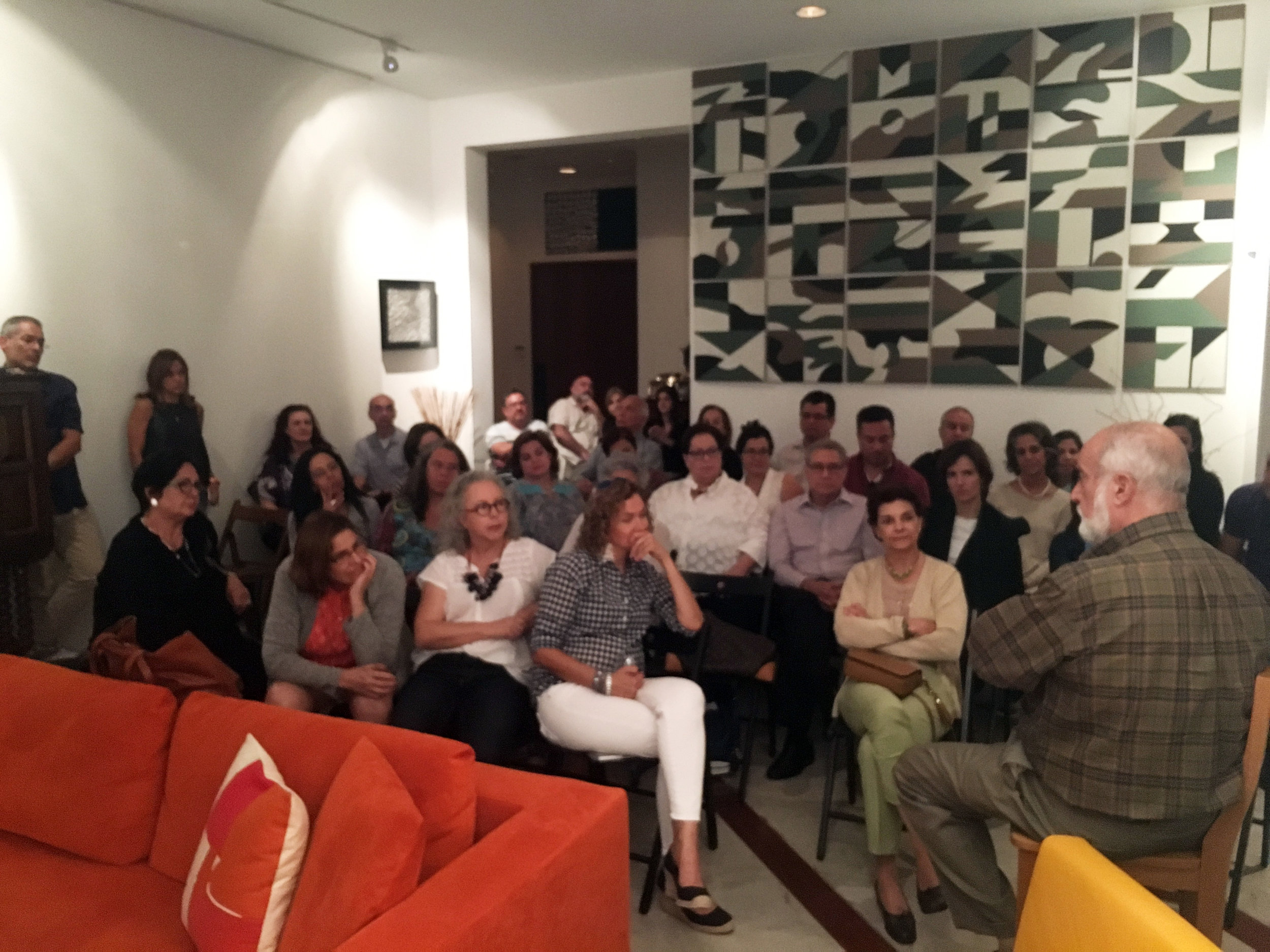 Encuentro con Dr. Himiob - A group of 40 guests attended the screening and discussion of The Embrace of the Serpent led by Dr. Gonzalo Himiob. The discussion followed cultural narratives in the film that are applicable to the situation in Venezuela today.