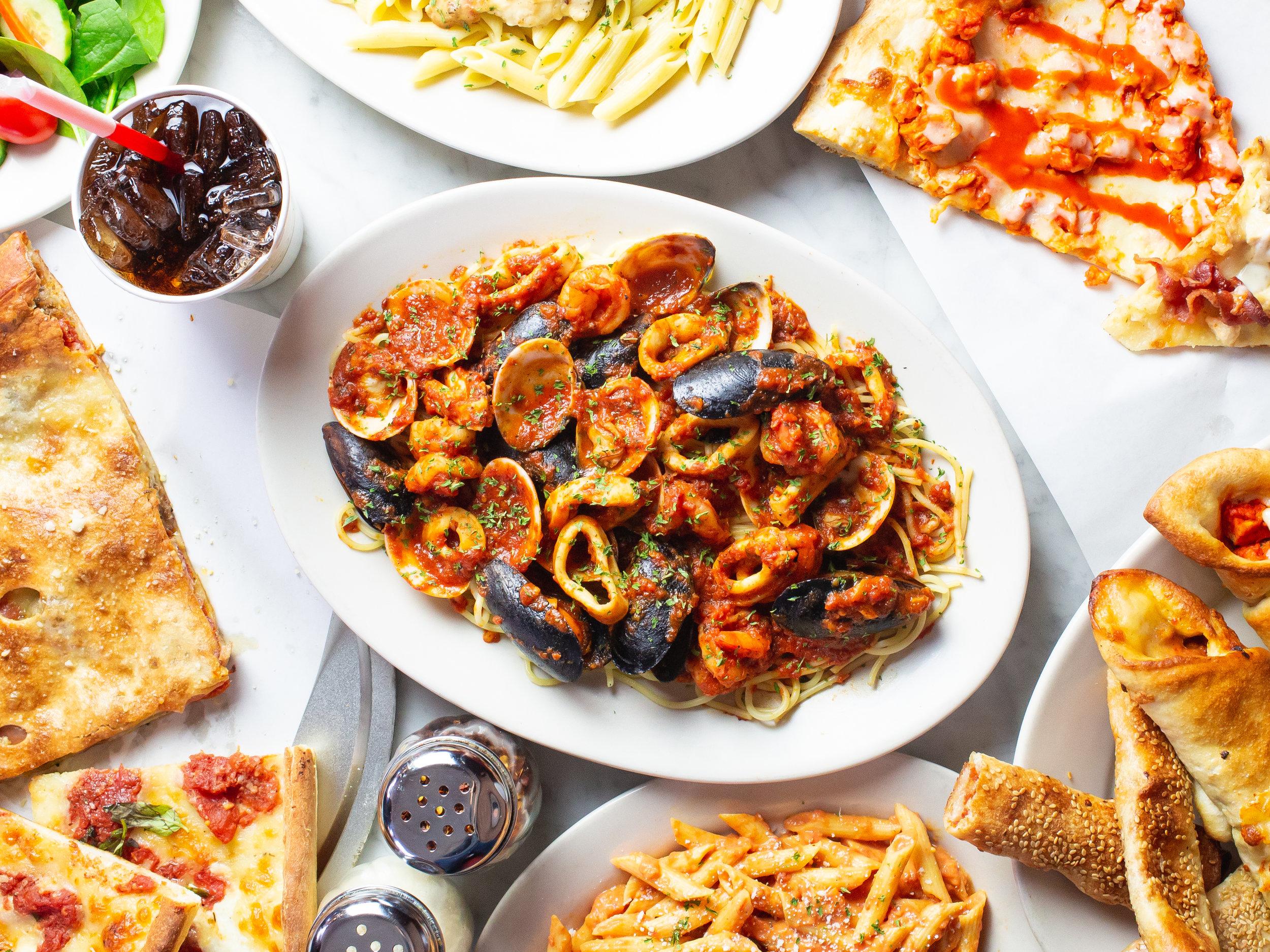 Supreme's Pizzeria & Ristorante-22.jpg