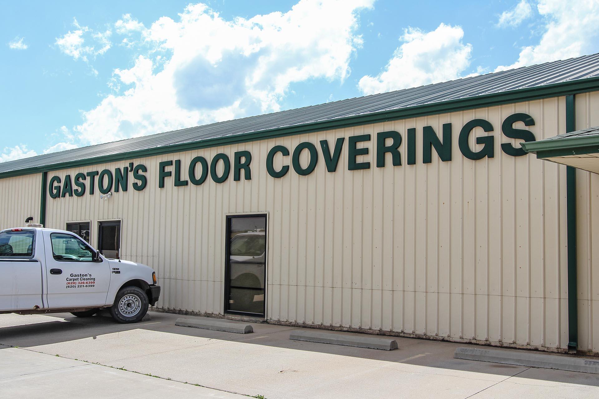 GastonsFloorCovering_Wellington_Outside02_Medium.jpg