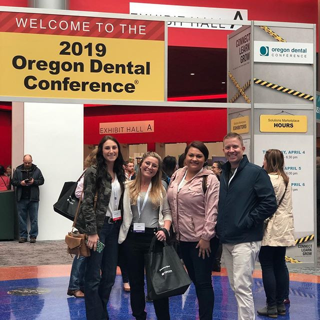 Learning and discovering at the ODC with our amazing team Dr. Whittemore, Brittany, Amanda, Ariel 🦷🦷👁#ODC2019 #whittemorefamilydentistry #dentistry #teambuilding #pnw #oregon