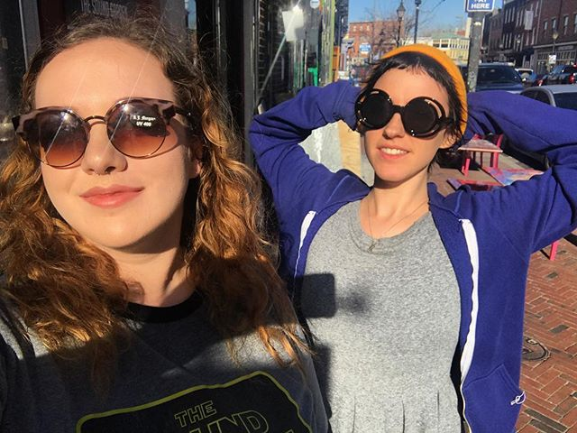 It's Friday and we're feeling this weather. 🌞 Time to amp up your sunglasses collection... get em at @SG_bmore! 😎 #ShopLocal #ShopSmall #HappyFriday #Babes