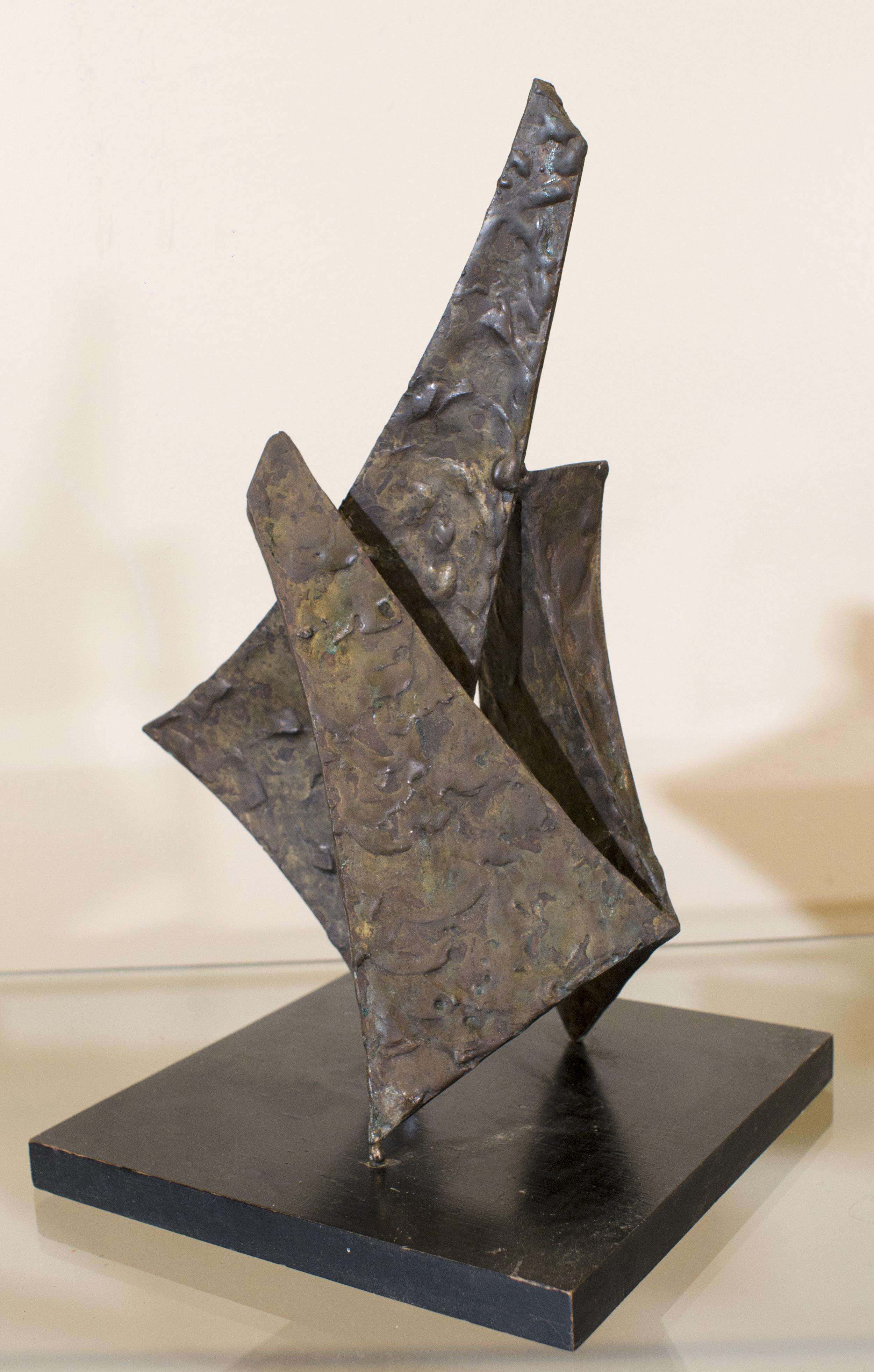sculpture- triangle blocks.png