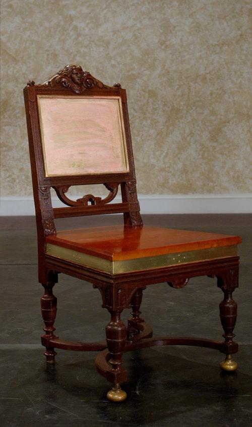 Luisa's+Chair.jpg