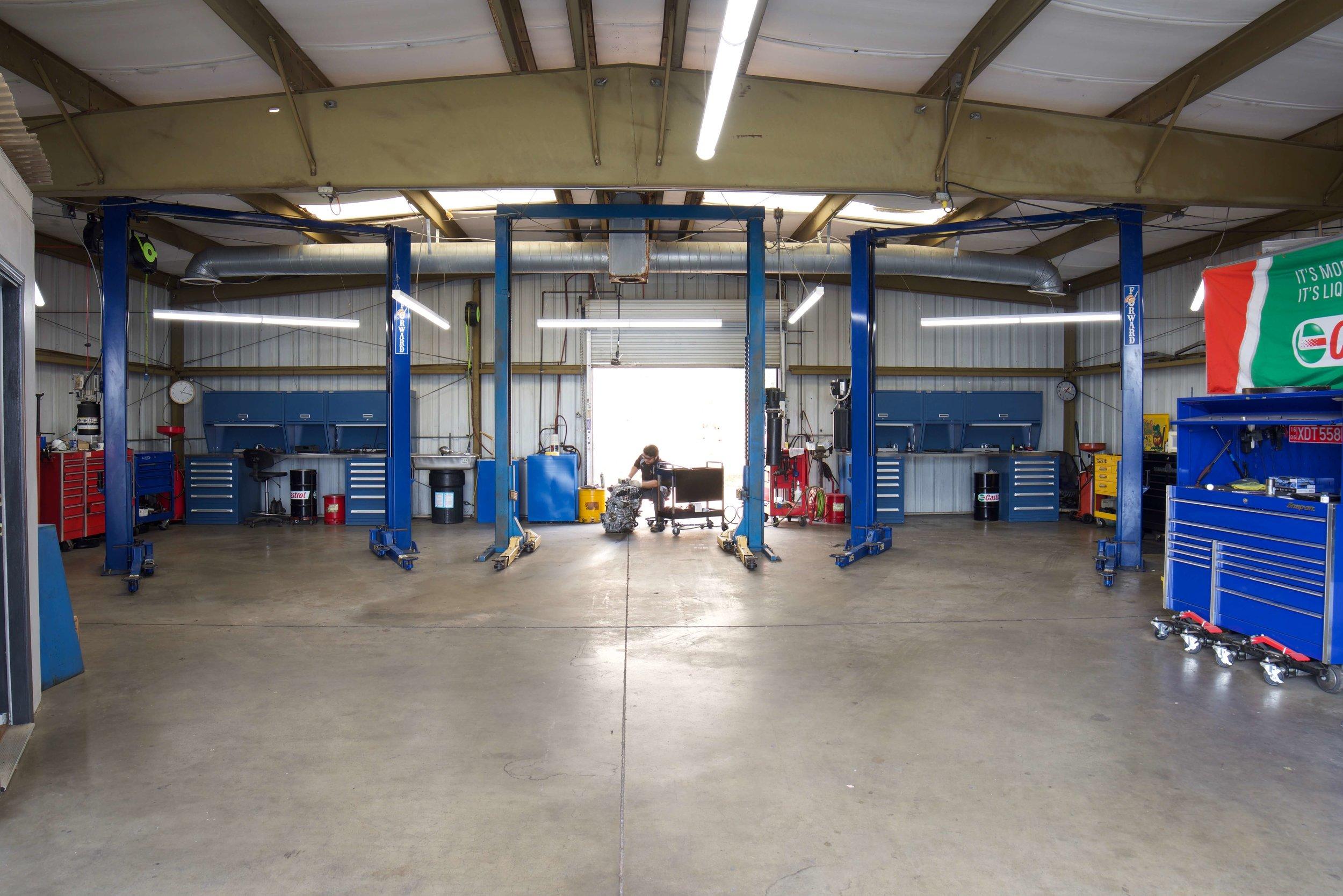 Work Station At Volvo Repair Escondido