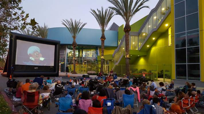 Families-at-an-outdoor-screening-of-The-Great-Mouse-Detective-at-the-Discovery-Cube-Orange-County.jpg