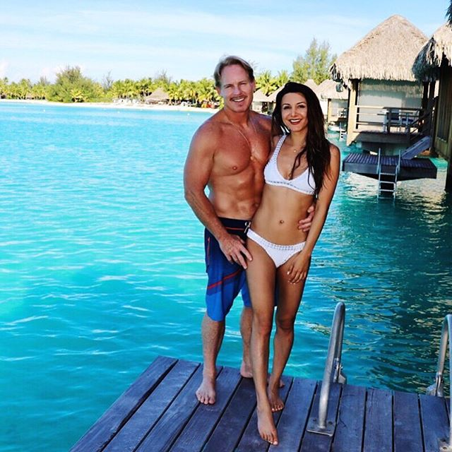 So grateful to share everyday with you @curtmitchell4284 You and our family are my favorite part of life 😘💕 #sfblogger #sffashionblogger #love #borabora #thankful🙏 #sfdaydream