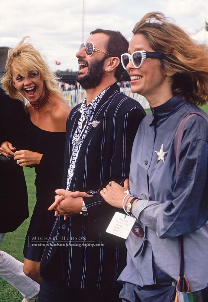 Kurt Russell, Goldie Hawn, Ringo Starr and Barbara Bach, England 1987