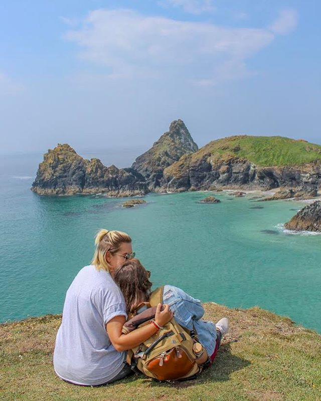 • Do one thing a day that scares you • @we.are.wandering favorite travel advice and trip to Cornwall, U.K. is now up! Check out the #linkinbio for this weeks featured adventure ✈️🌈