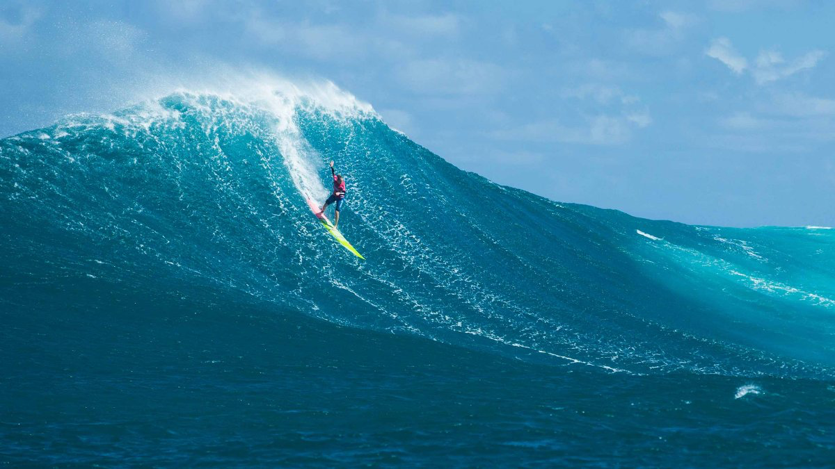 extreme  surf warning!  https://www.outsideonline.com/sites/default/files/styles/full-page/public/2016/11/18/big-wave-surfing-paige-alms_h_0.jpg?itok=80CT1LZa