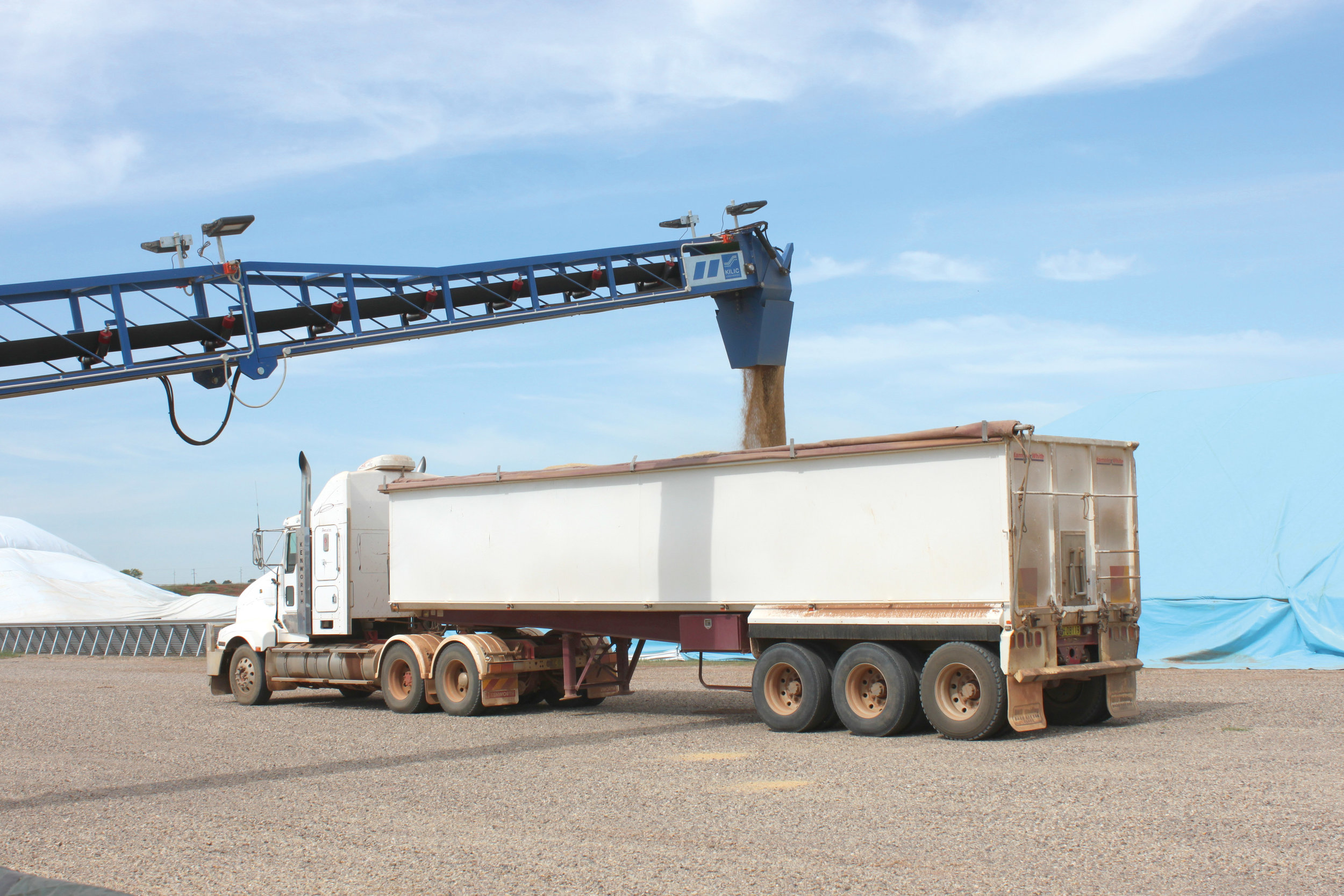 Outloading into truck