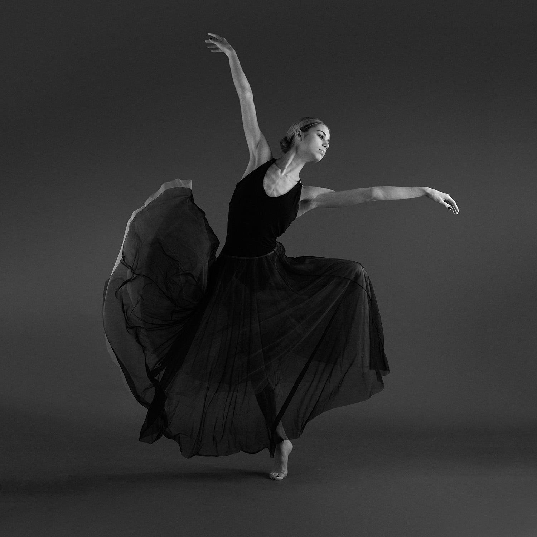Black and White Dancer Photo