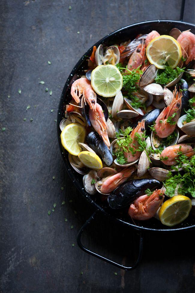 d07001b1248396f205898f453e6a1cae--seafood-paella-recipe-seafood-recipes.jpg