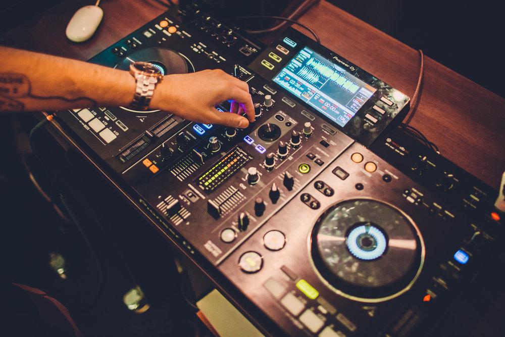 DJ Deck.jpg