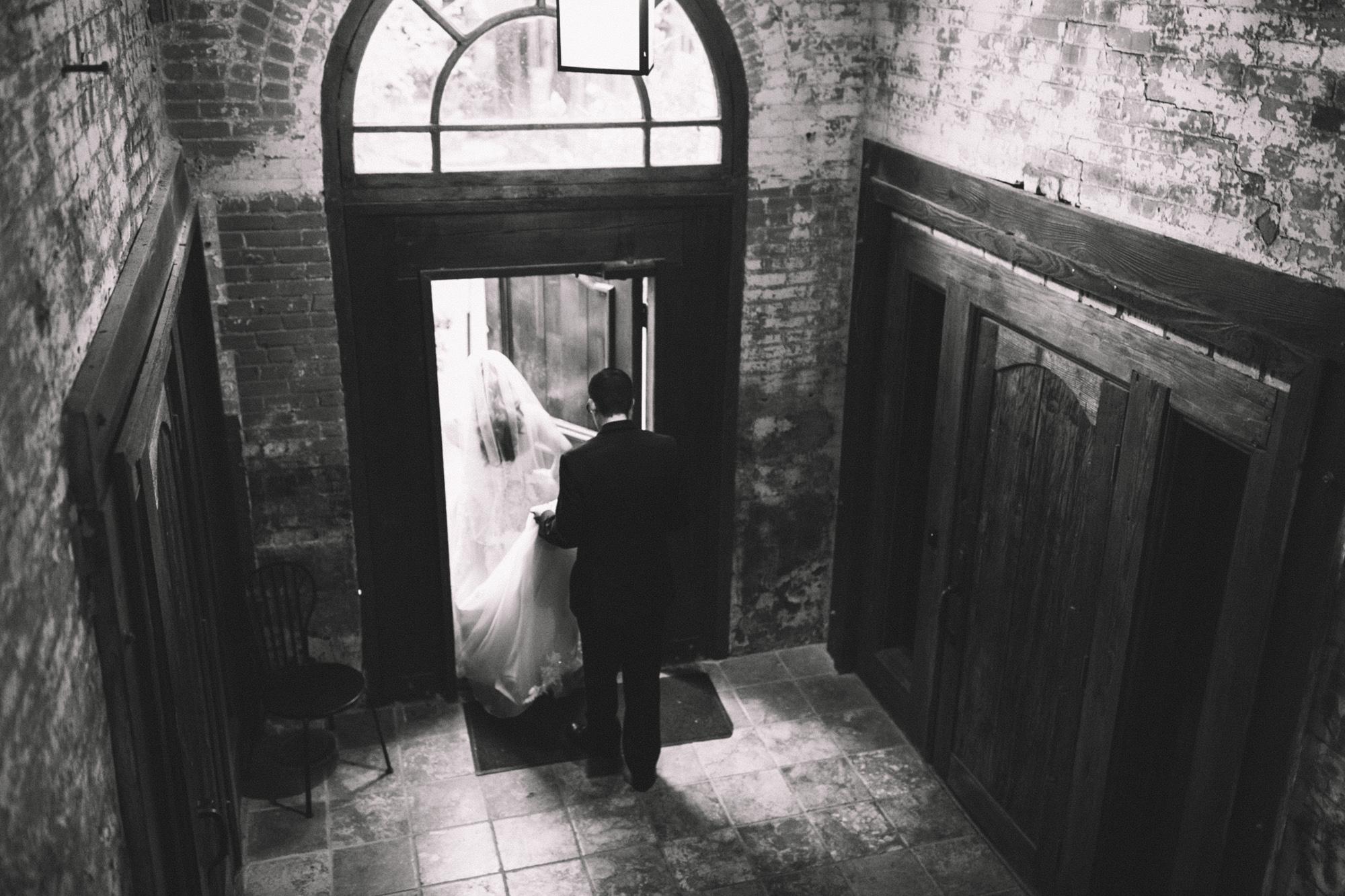 W&V_Wedding_Portraits-89.jpg