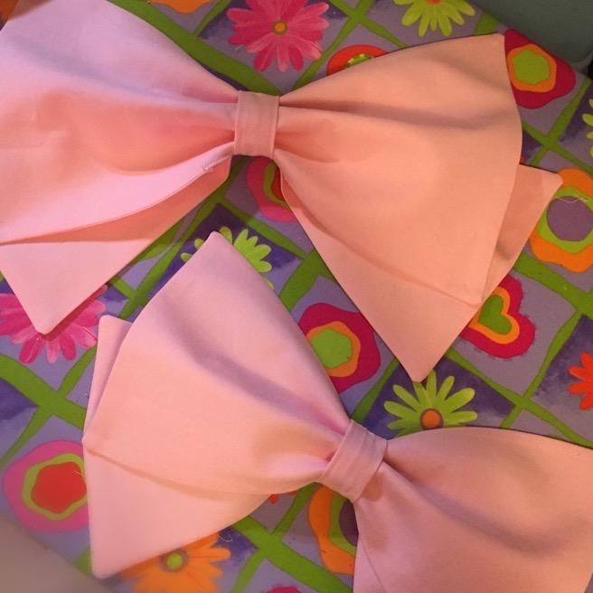 Sailor Jupiter bows