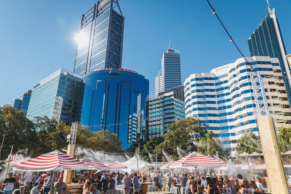 Ammon_Creative-Perth_Event_Photography-Embargo_Bar-2.jpg