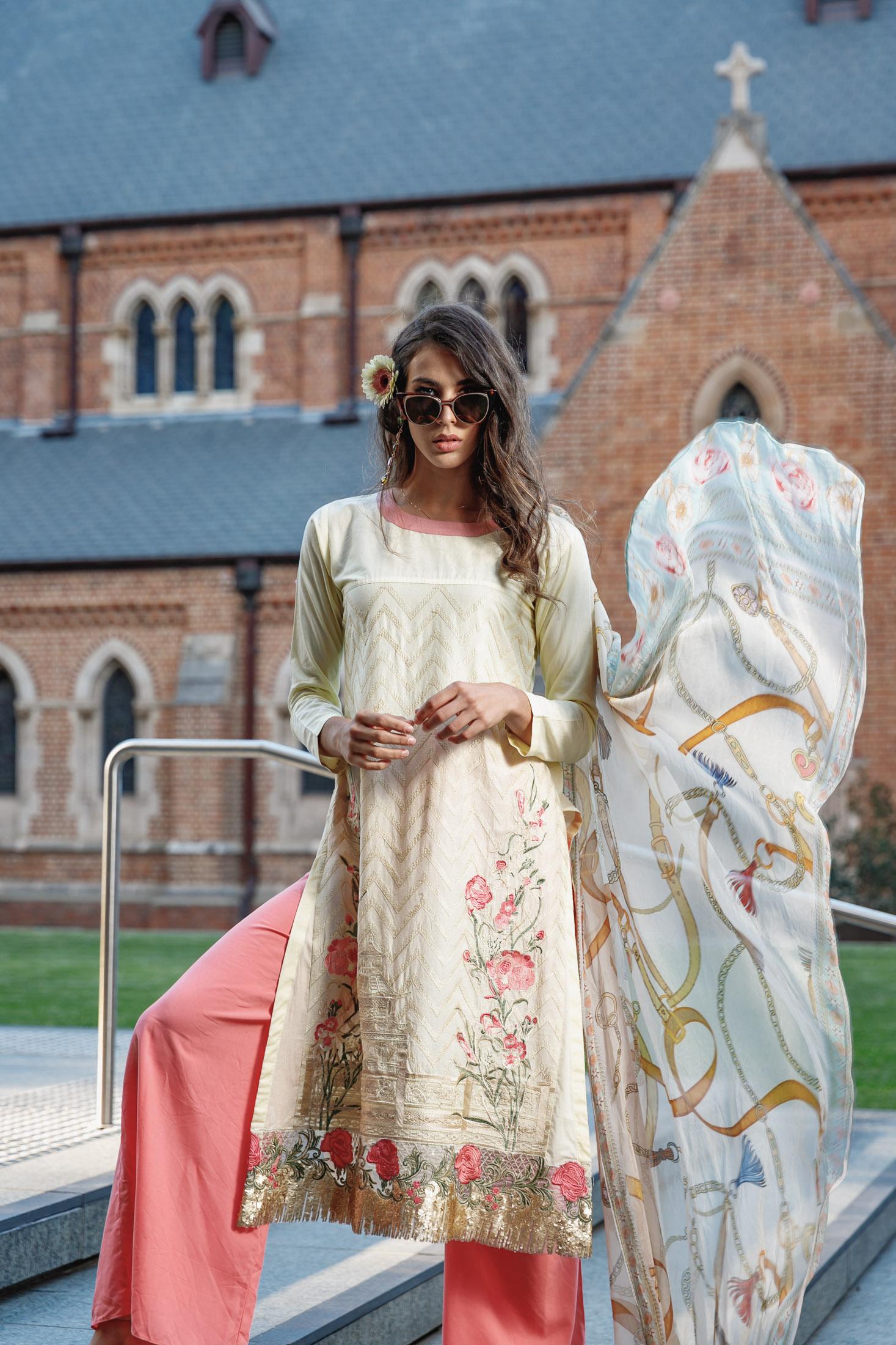 Ammon_Creative-Fashion_Photography-Vogue_Sultana_Bangladesh-Old_Treasury-Perth-008-1493.jpg