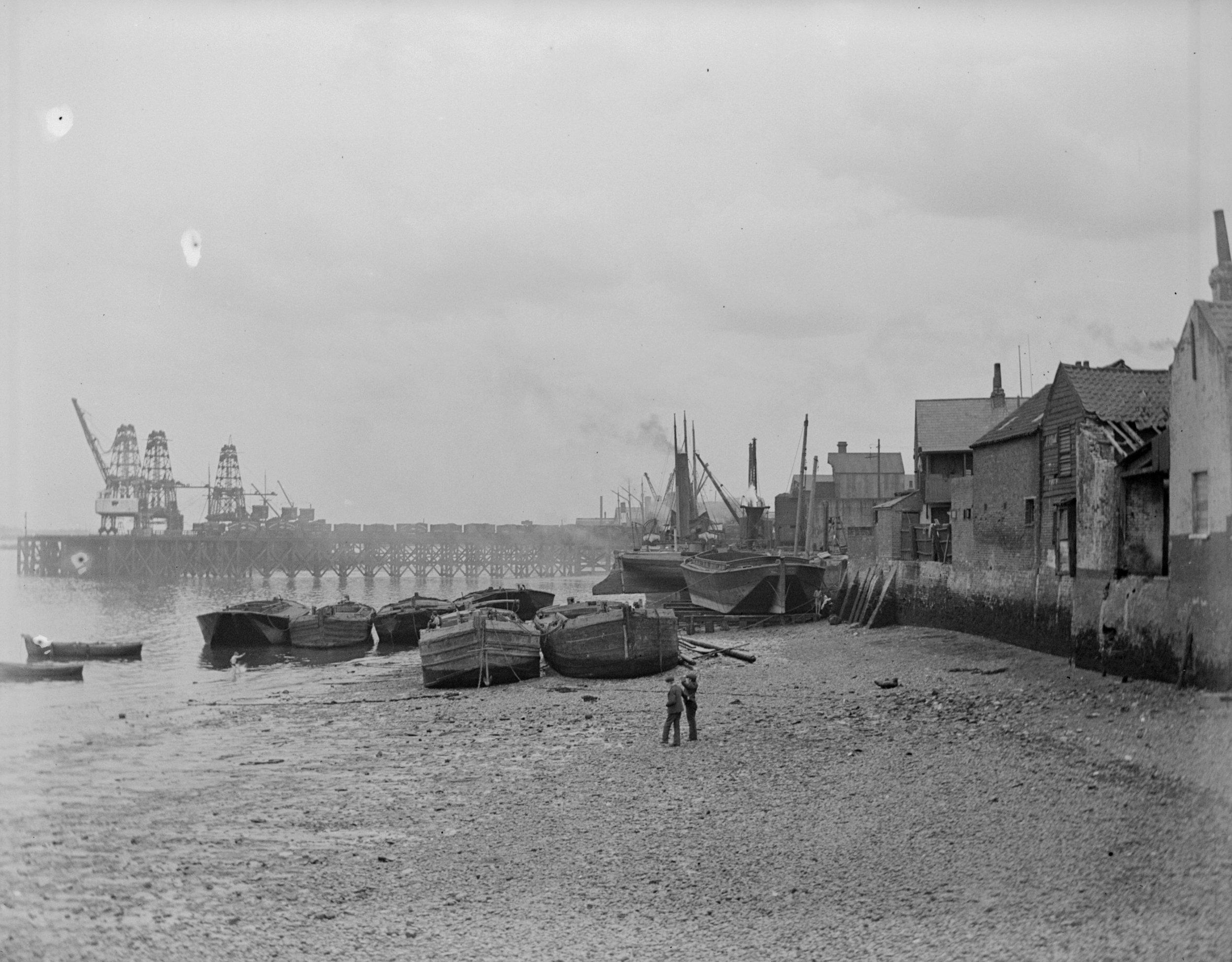 Erith Riverside Foreshore (1906)