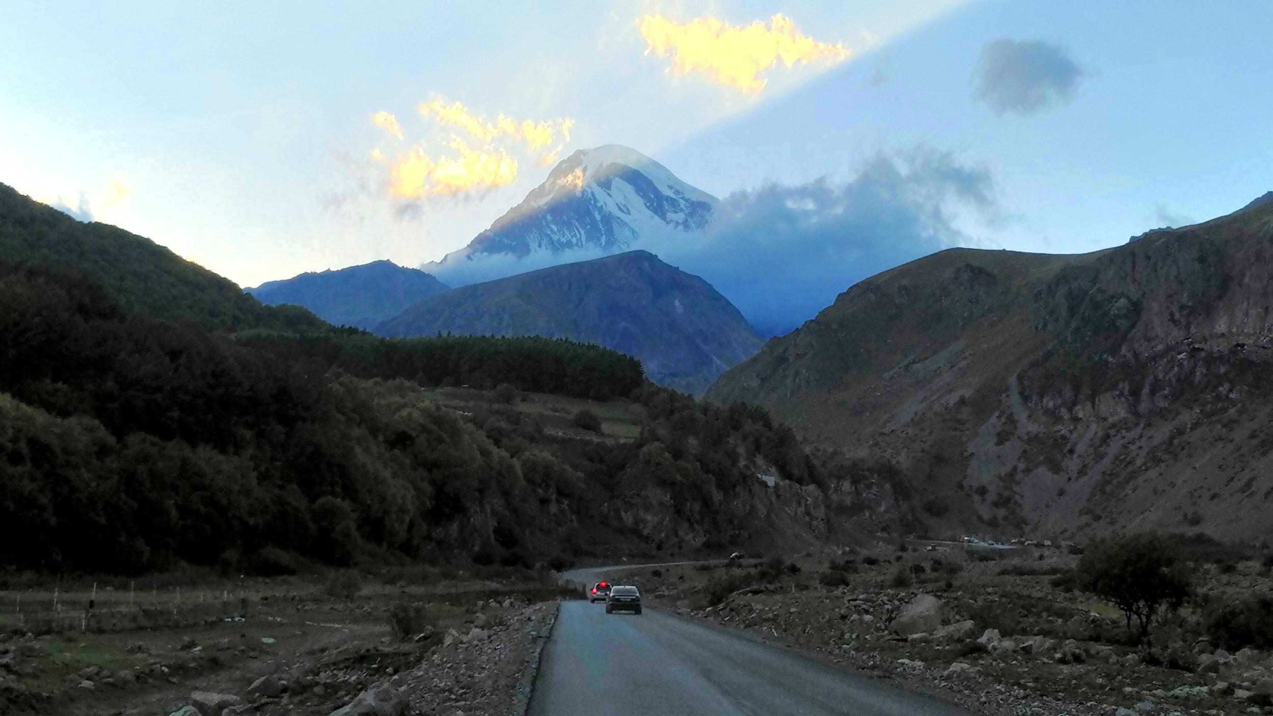 Mt. Kazbek, Stepansminda, Georiga