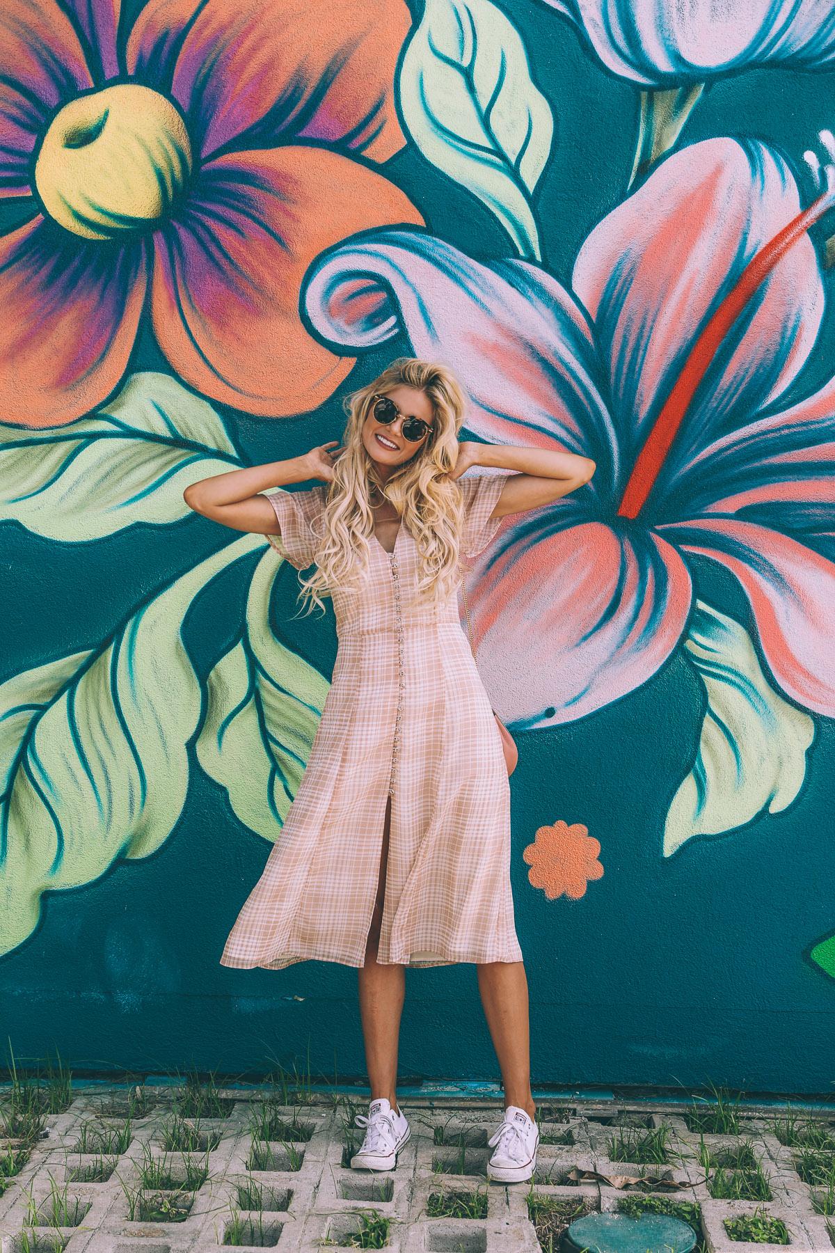 Amber Fillerup Clark of    Barefoot Blonde | Blogger, Social Media Influencer