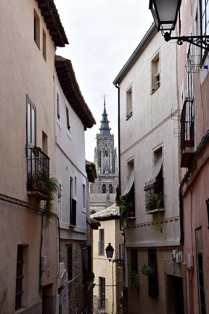 Toledo streets.jpg
