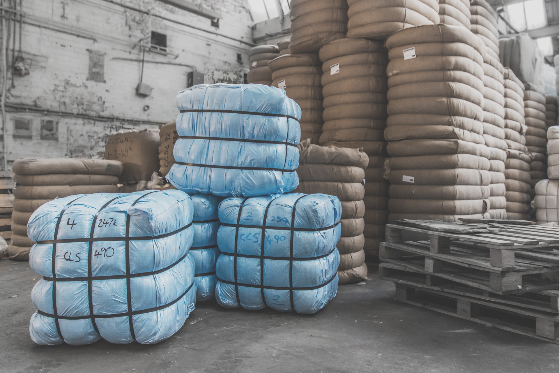 IMT-UK-LTD-cashmere-wool-mohair-fibre-alpaca-natural-fibres-worldwide-distributor-of-textilesjpg