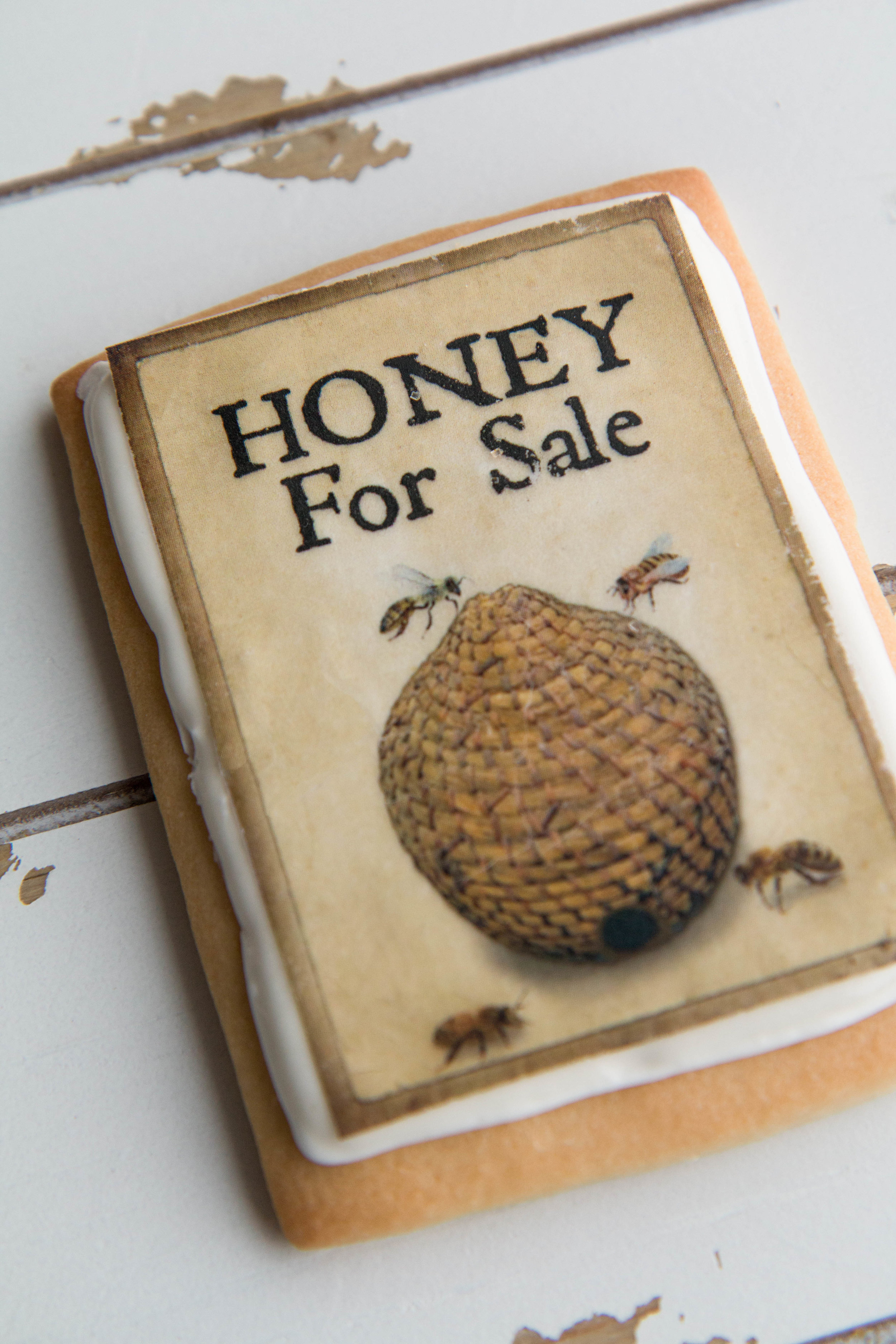 Honey for Sale! Adorable bee cookies from Fancy Flours