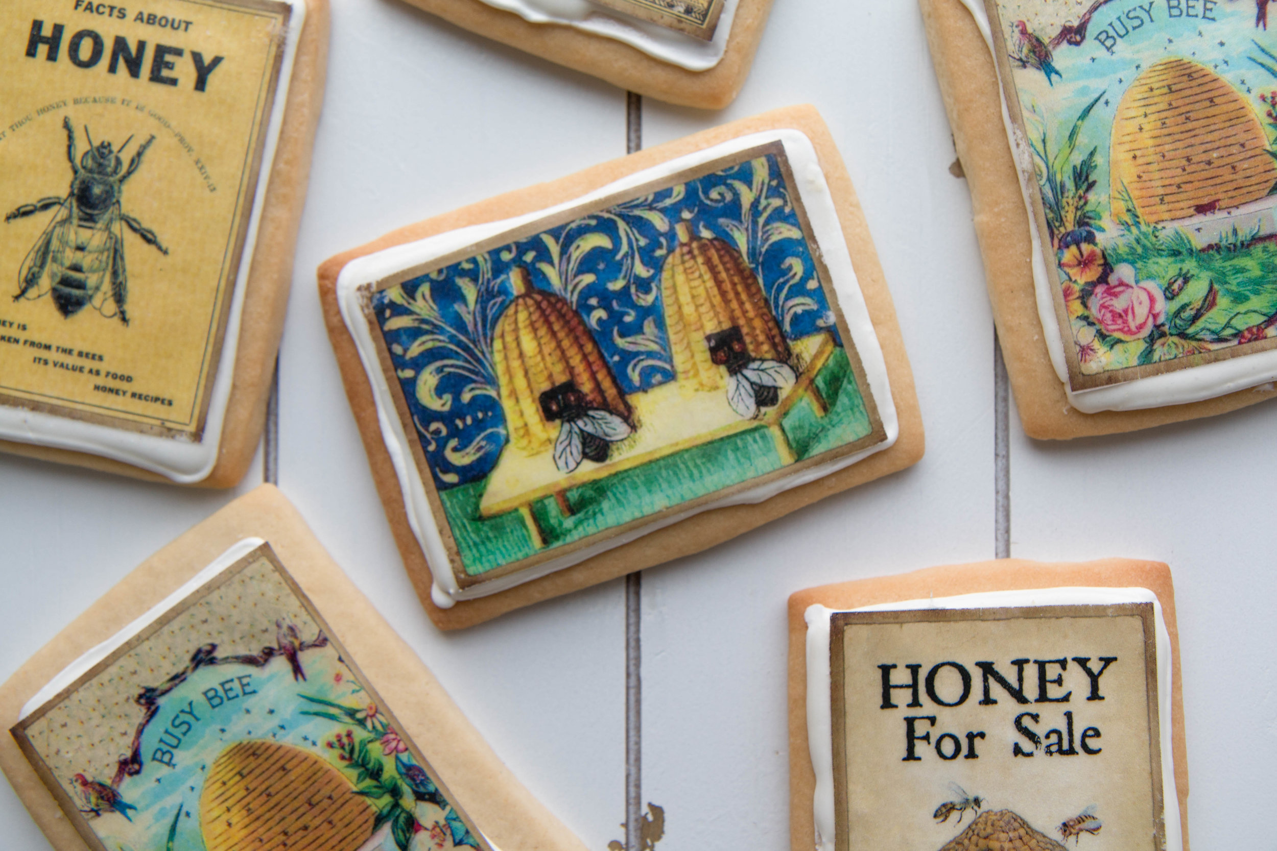 Honey bee cookies by Fancy Flours