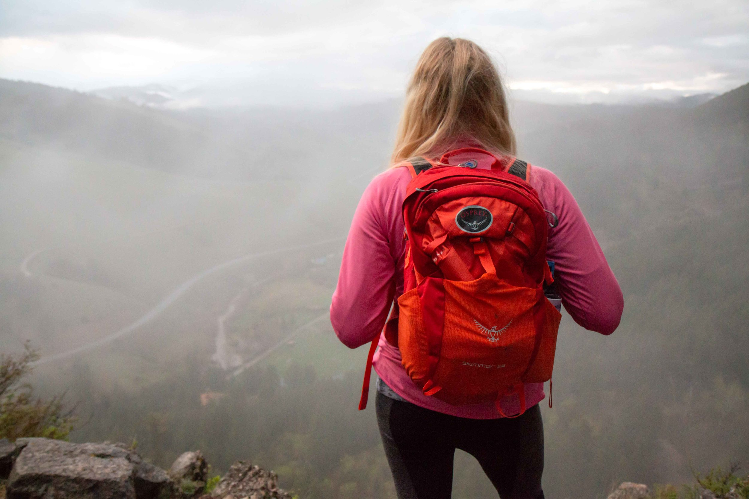 Drinking Horse Mountain Trail near Bozeman, Montana. A beautiful and easy hike that is great for the whole family. Bright and colorful Osprey hiking backpack.