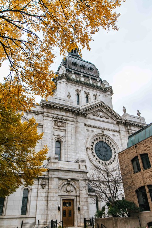 The beautiful Basilica of Saint Mary in Minneapolis, Minnesota. A must see!