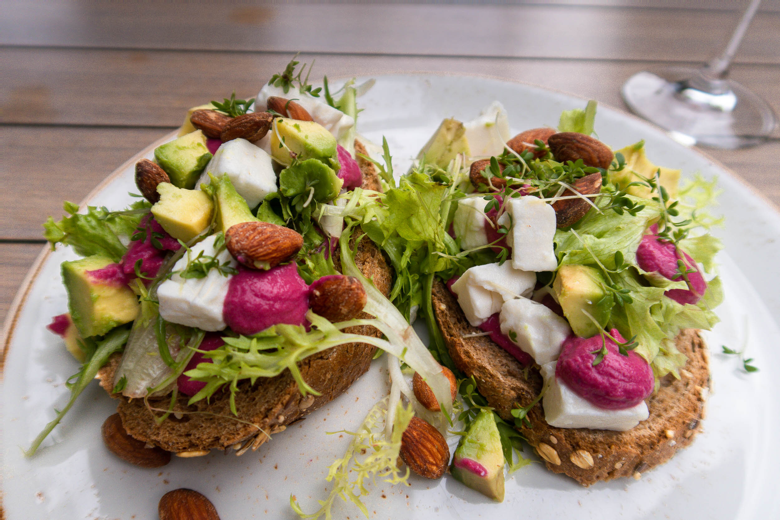 Travel tips and tricks for Haarlem, Netherlands and surrounding areas. Amazing and healthy food choices.