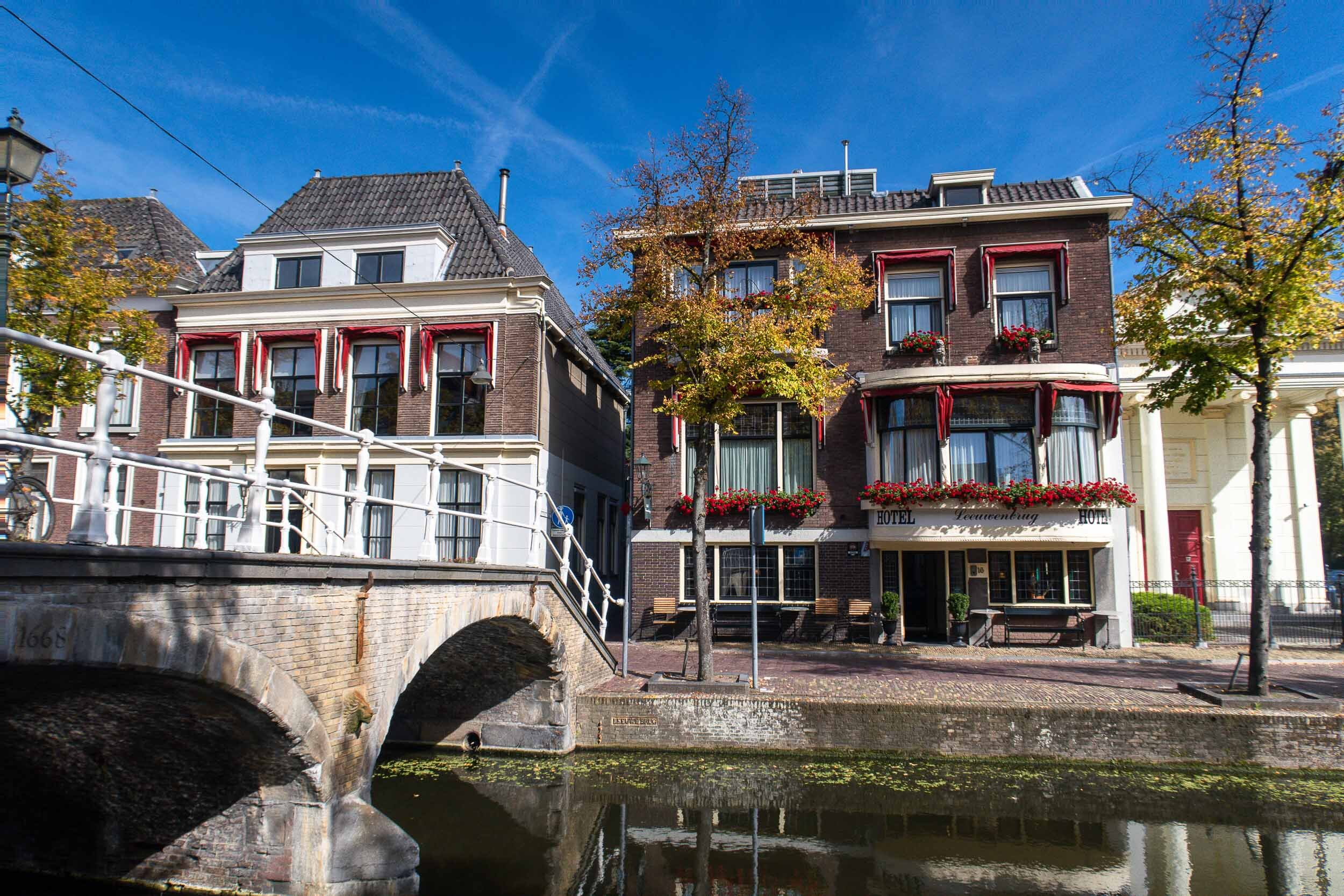 Beautiful pictures of the city Delft, Netherlands during the fall when the leaves are changing.