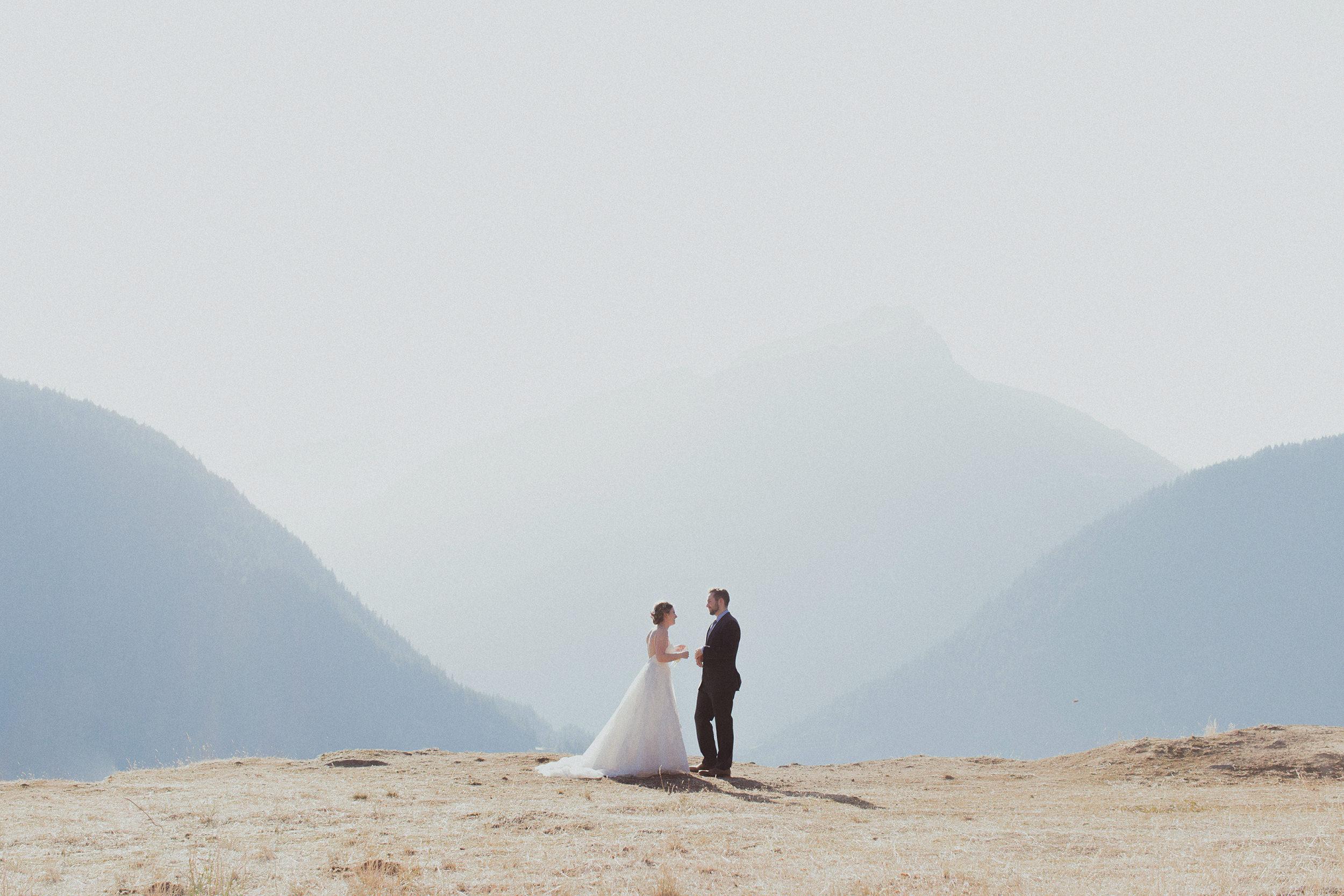 north cascades lake diablo wedding portraits
