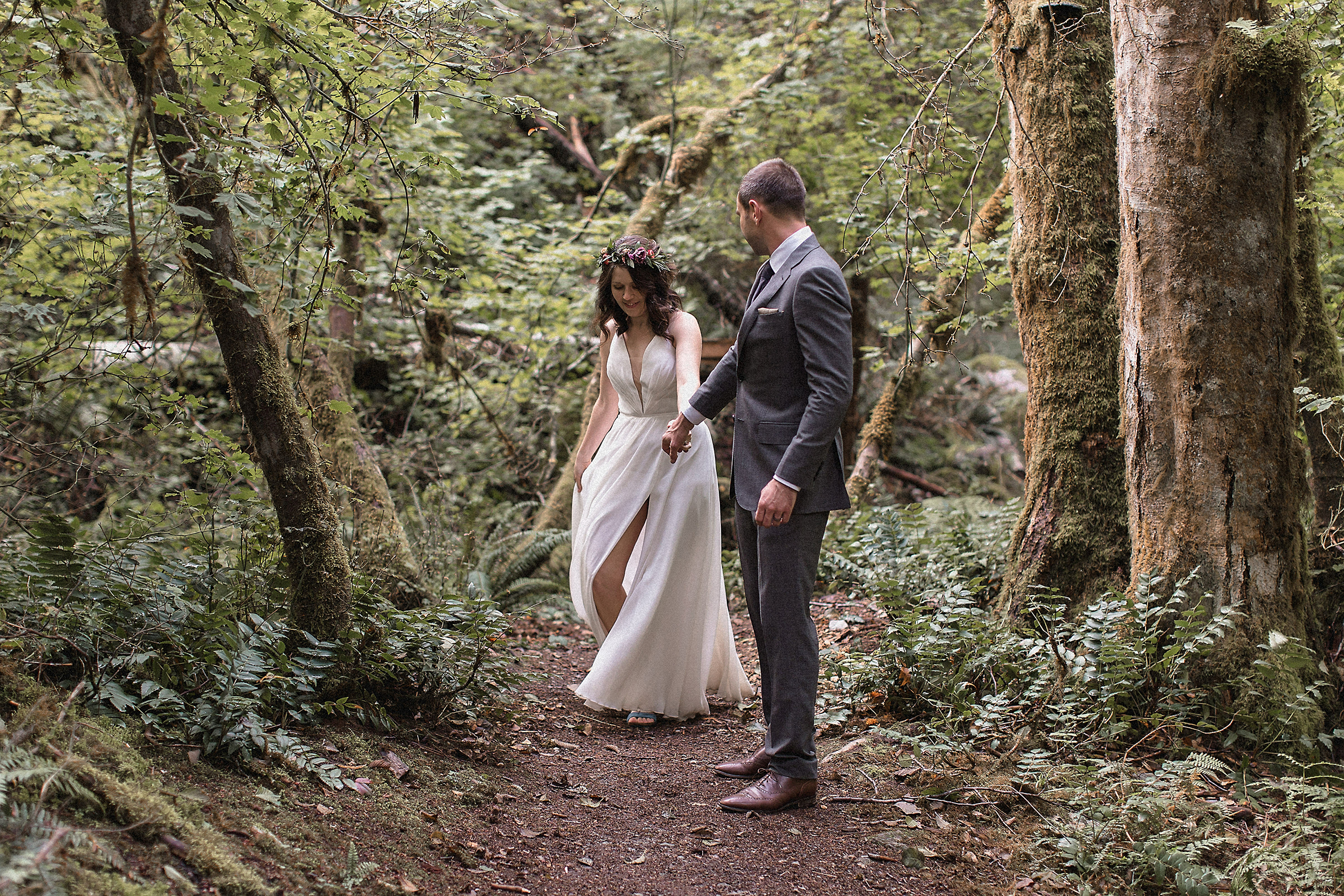 deep forest in the north cascades national park bride and groom photo shoot