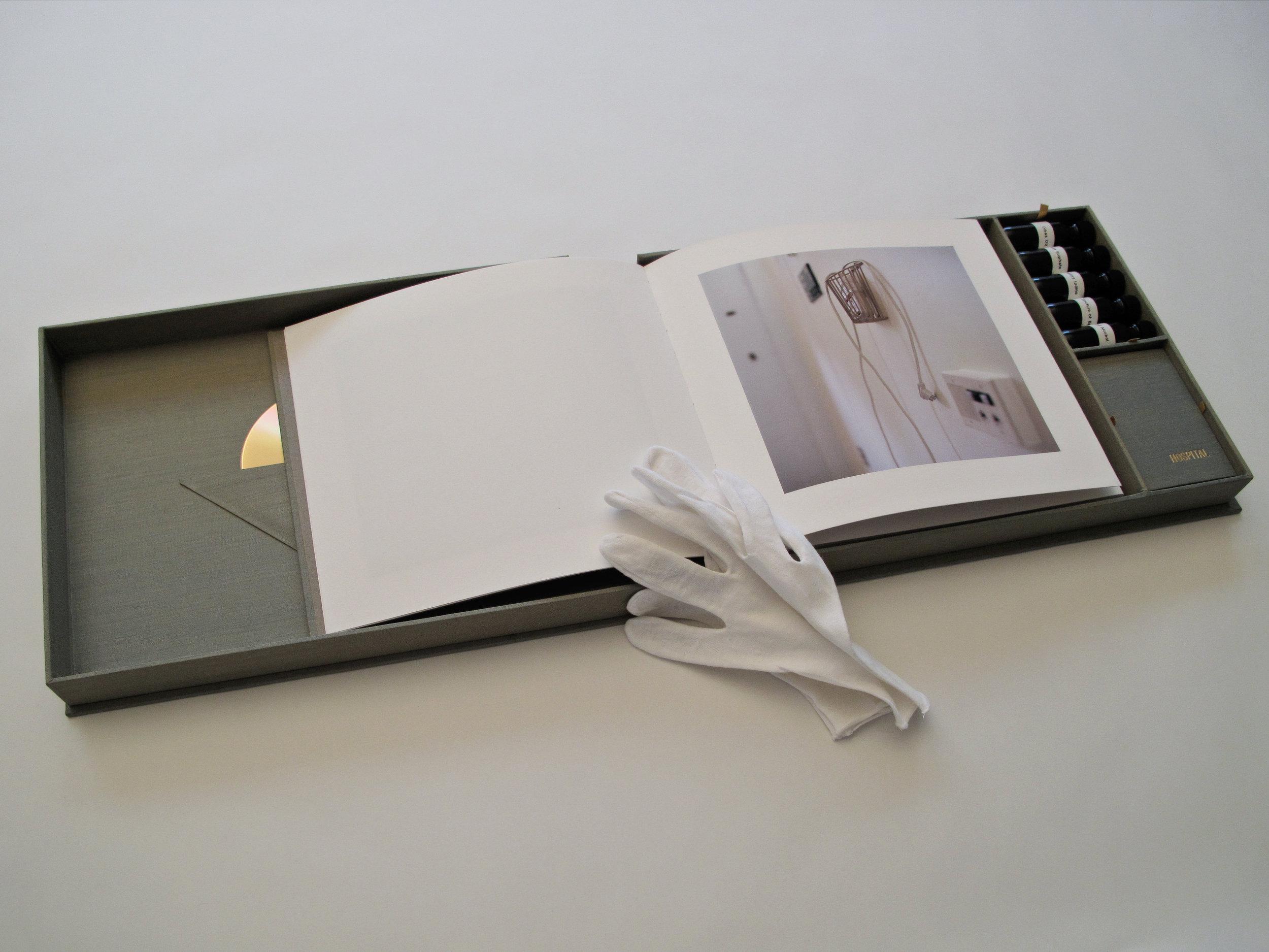 Farmilant_ArtistBook3-flat.jpg