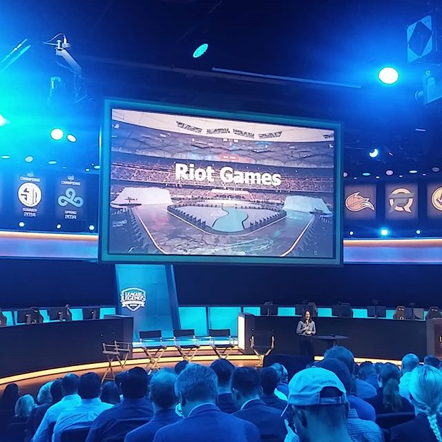 #riotgames arena is pretty awesome! eSporrs is the future for both as entertainment and as a business.