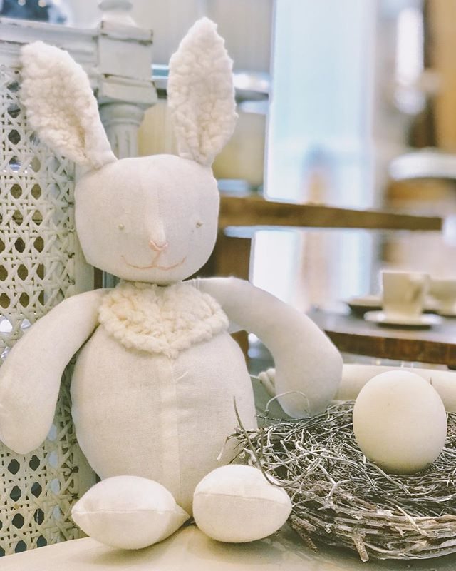Handmade with love, for the ones you love🐰 . . . . #interiordesign #interiorinspo #diy #homedecor #handmade #smallbusiness #easter #bunny #toy #decor #paintedswan #paintedswannyc