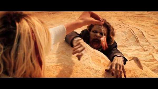 Tampon-jako-przyneta-na-zombie-w-horrorze-It-Stains-the-Sands-Red_article.jpg