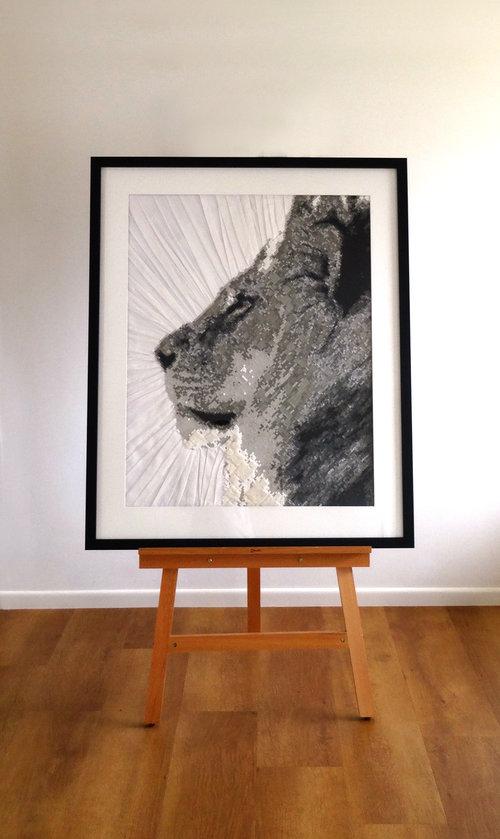lionradiant_distant.jpg