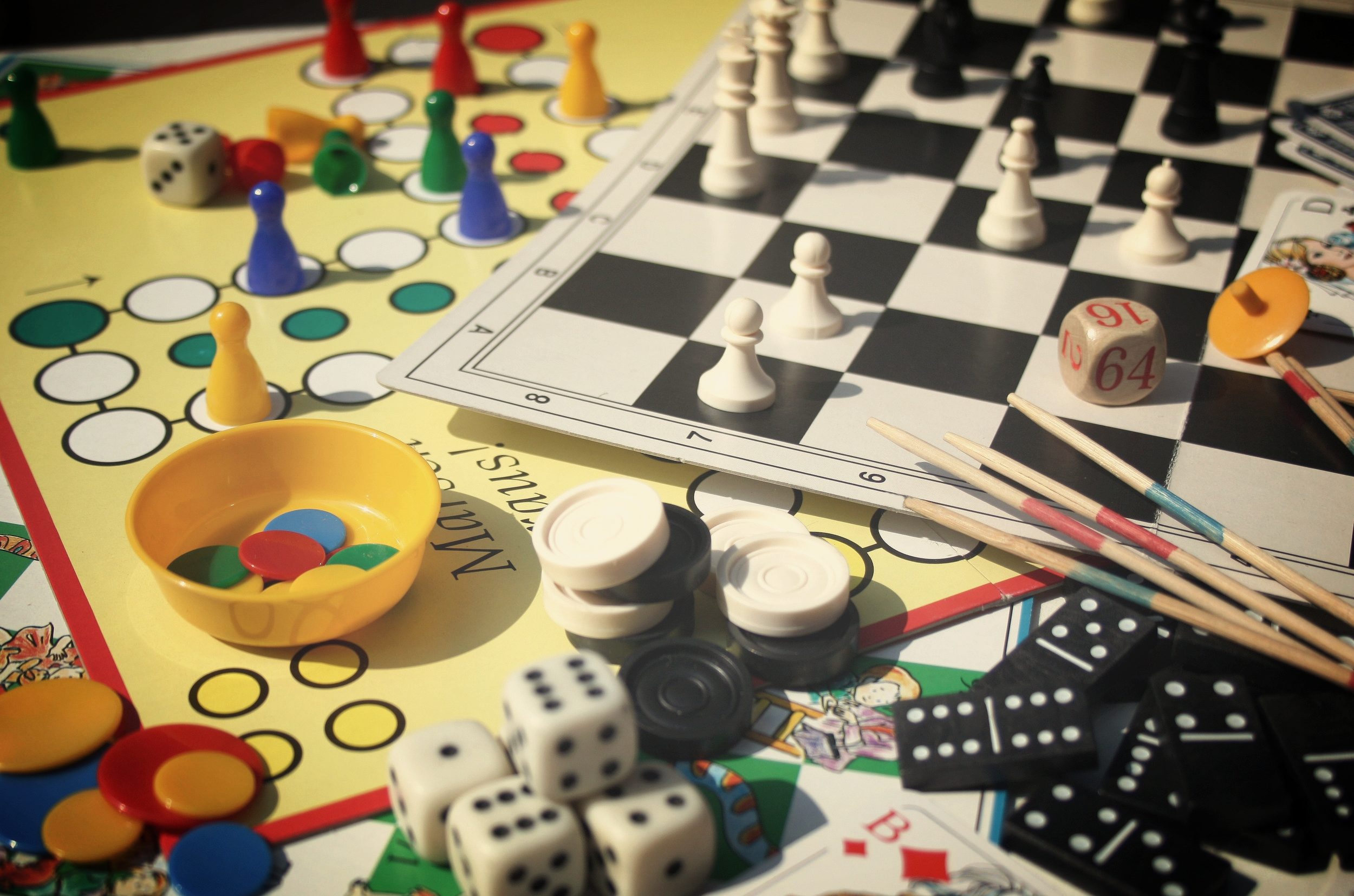 636114590217688682-941516278_boardgames.jpg