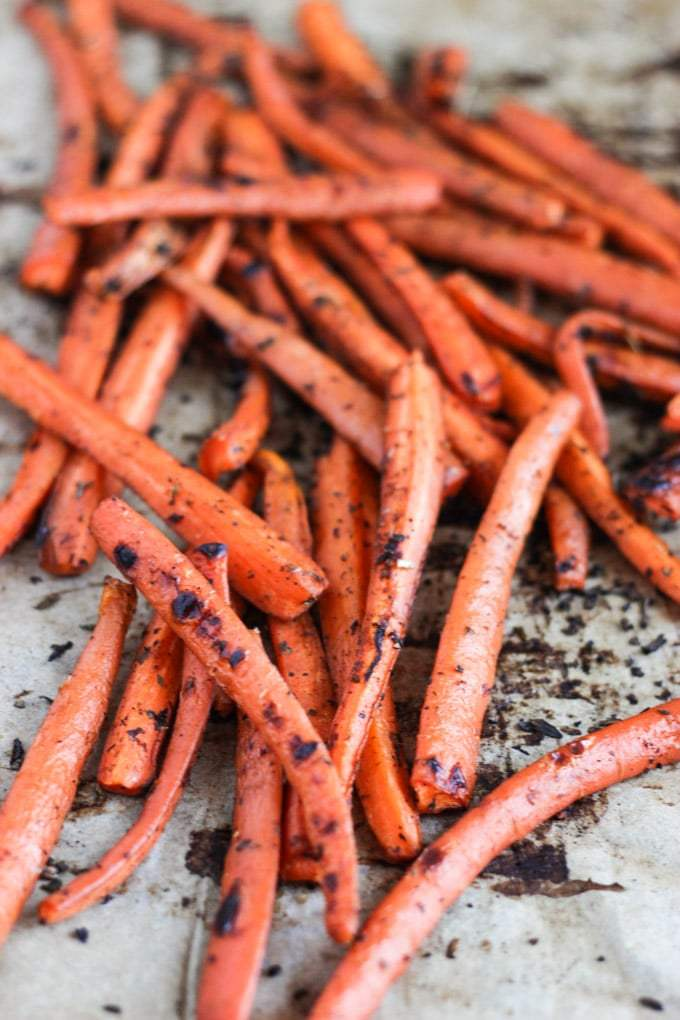 Spiced-Carrot-Chips-with-Cashew-Aioli-Edited-LR-4.jpg