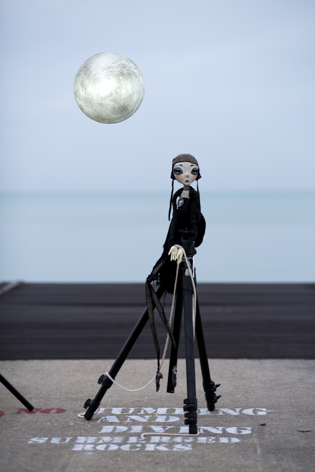 In Neverdoll, the viewer is taken on board a psychological exploration by the sole character within the project—an instantly fascinating, likable, and extremely melancholic doll.