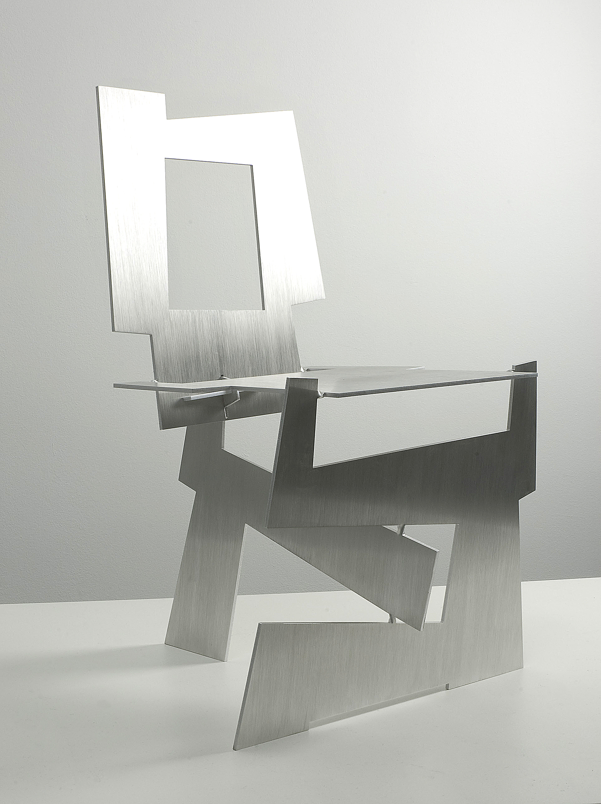 Kadushin-Tel Aviv chair 1.jpg