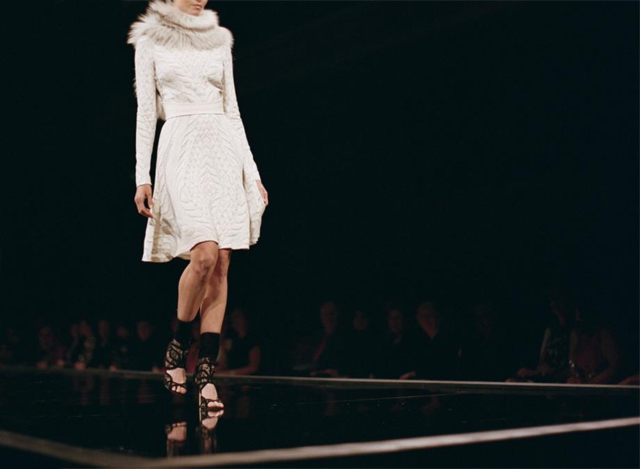 monique-lhuillier-runway-show-0031.jpg