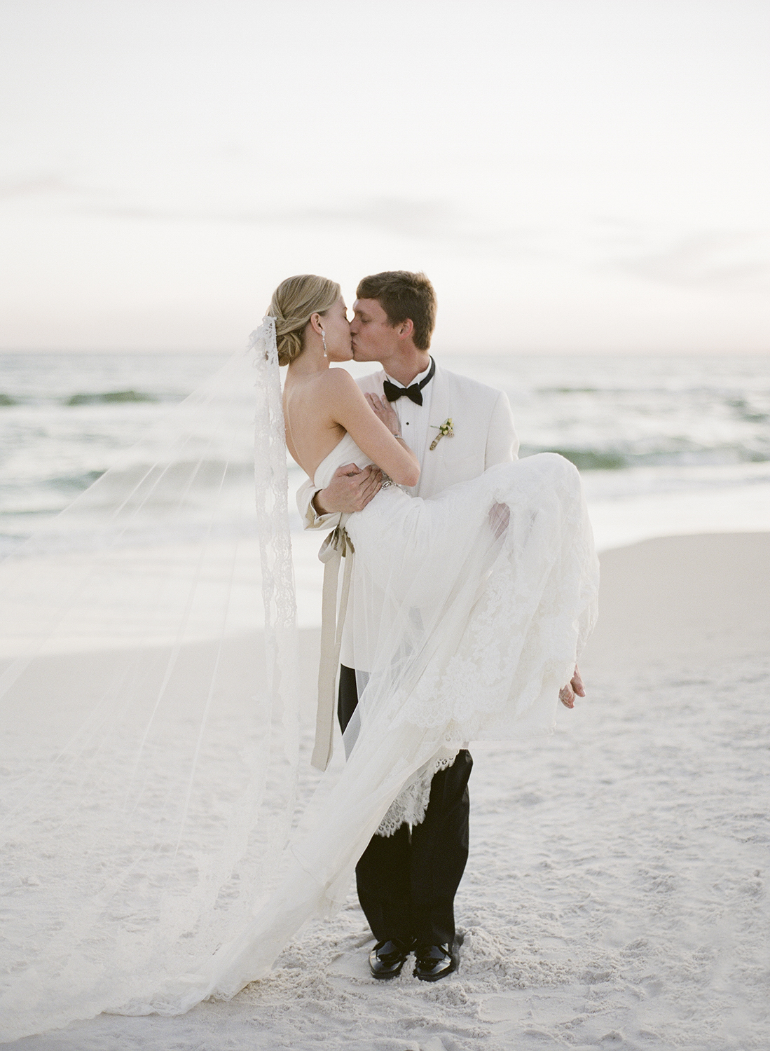rosemary-beach-wedding-leslee-mitchell-33.jpg