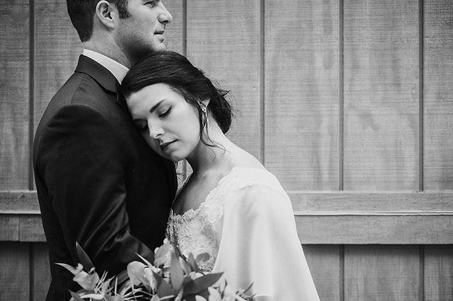 Love love love. ✨✨ . . . . . #kristingrobertsonphotography #columbusgaphotographer #gaweddings #ido #wedding #lakepineseventcenter #love