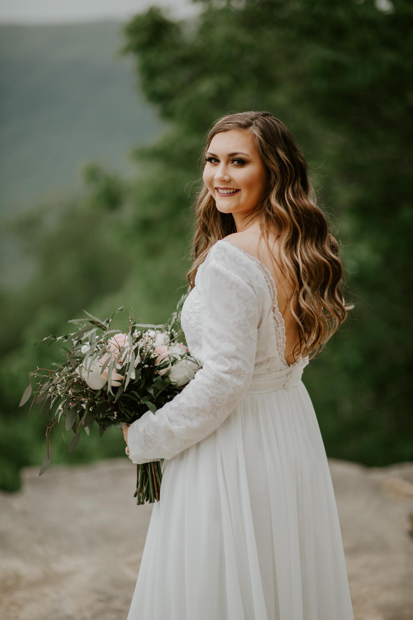 Lacey-Joe-Chattanooga-Nashville-Tennessee-Wedding-Elopement-Photographer-25.jpg