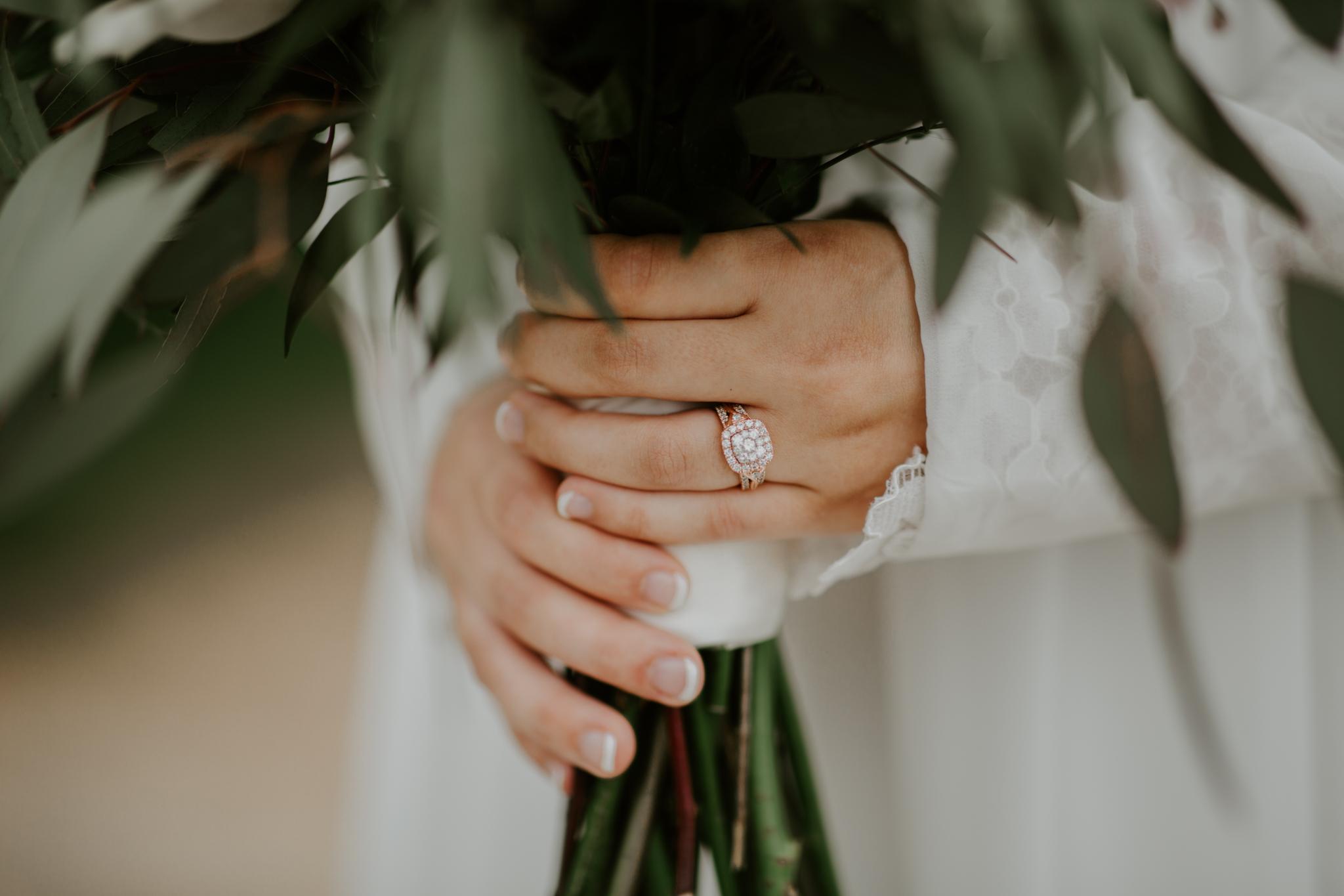 Lacey-Joe-Chattanooga-Nashville-Tennessee-Wedding-Elopement-Photographer-26.jpg